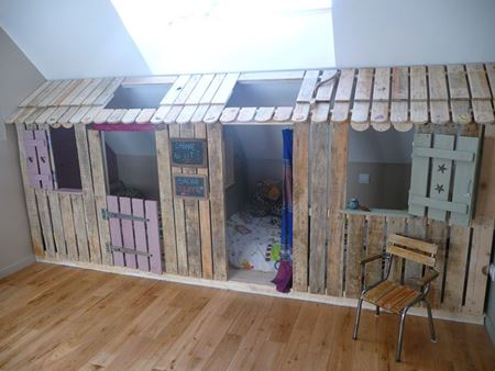 chambres-avec-des-palettes-pour-les-enfants