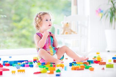 apprendre à son enfant à ranger ses jouets au fur et à mesure
