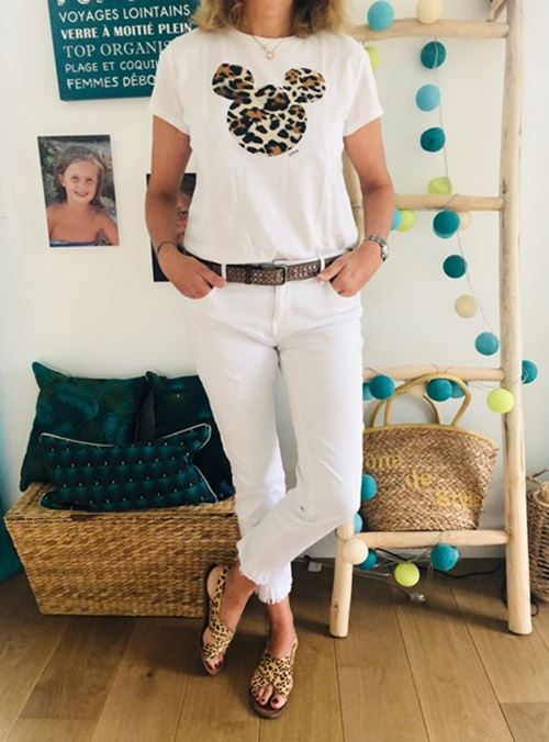 Pantalon blanc et mickey léopard - look femmes Débordées