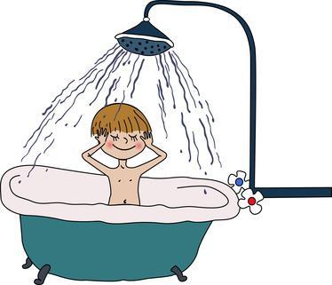 Apprendre à son enfant à devenir écolo en prenant une douche plutôt qu'un bain