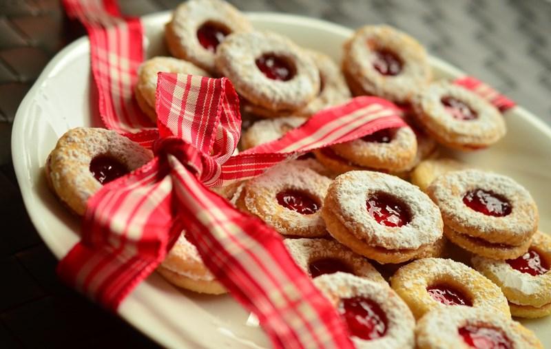 astuces pour dépenser moins à Noël: faire des cadeaux maison