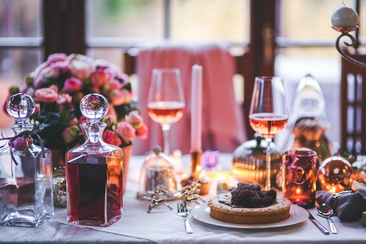 Les bonnes manières à respecter à table, surtout si on est invité !