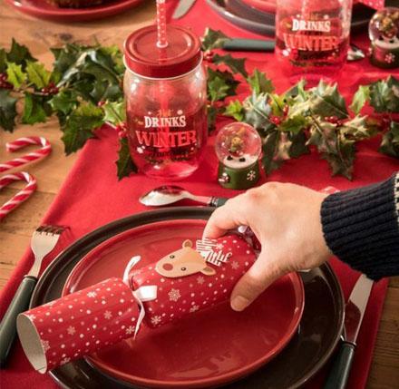 Nos 12 idées pour une table de Noël féerique | Femmes Débordées