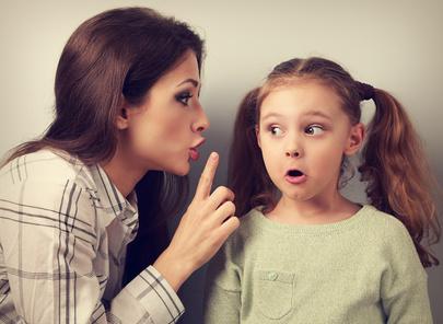 enfant-ecoute-maman