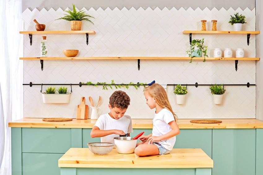 enfants cuisinent