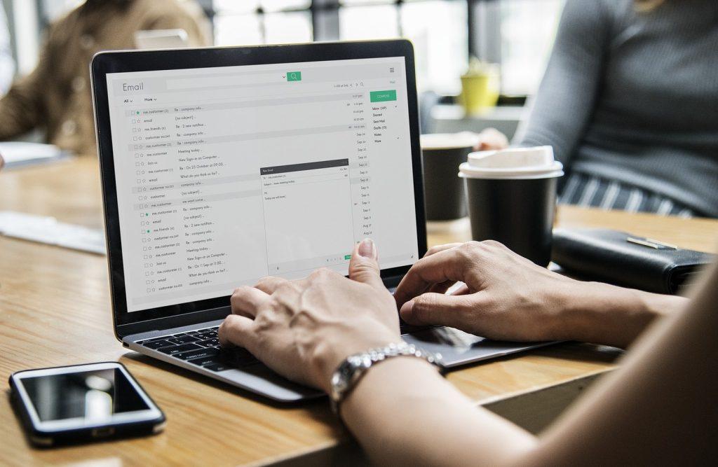 Comment ne plus crouler sous les mails ?