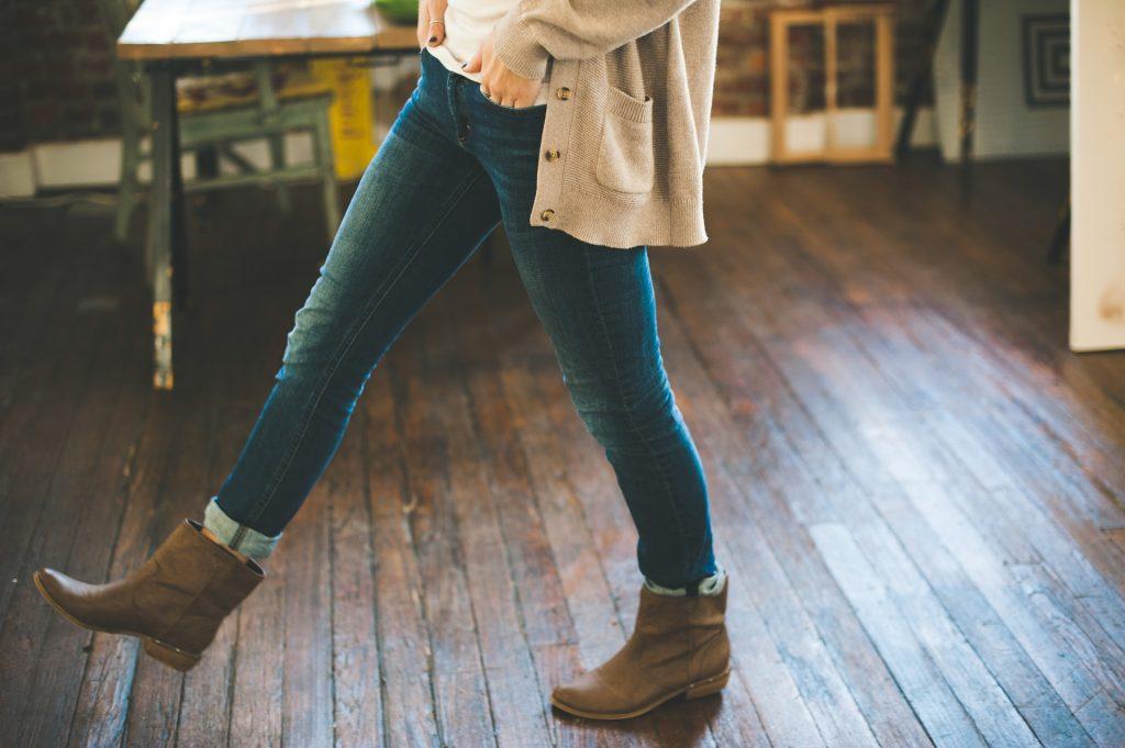Les 5 jeans incontournables (ou presque) d'une garde-robe !