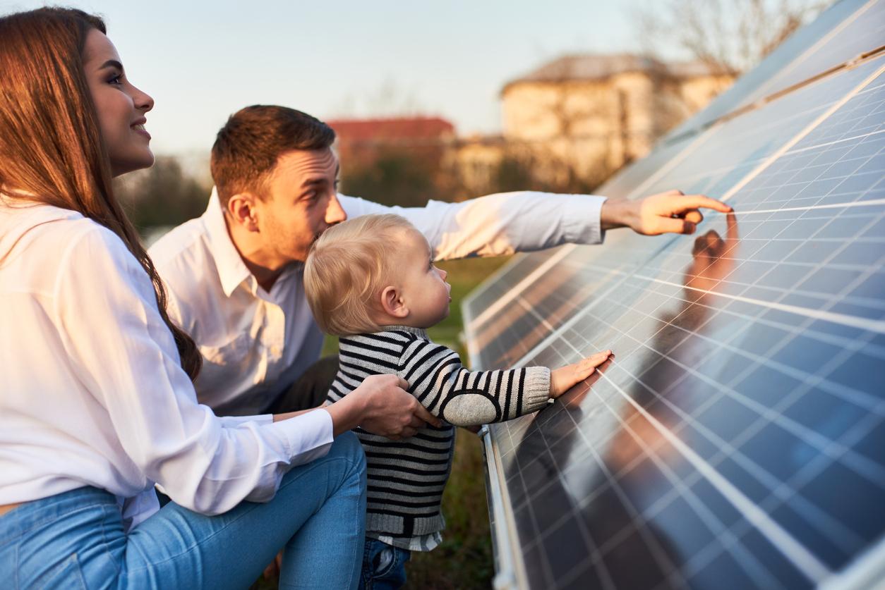 Les panneaux solaires autoconsommation : une bonne idée d'économie pour les familles nombreuses