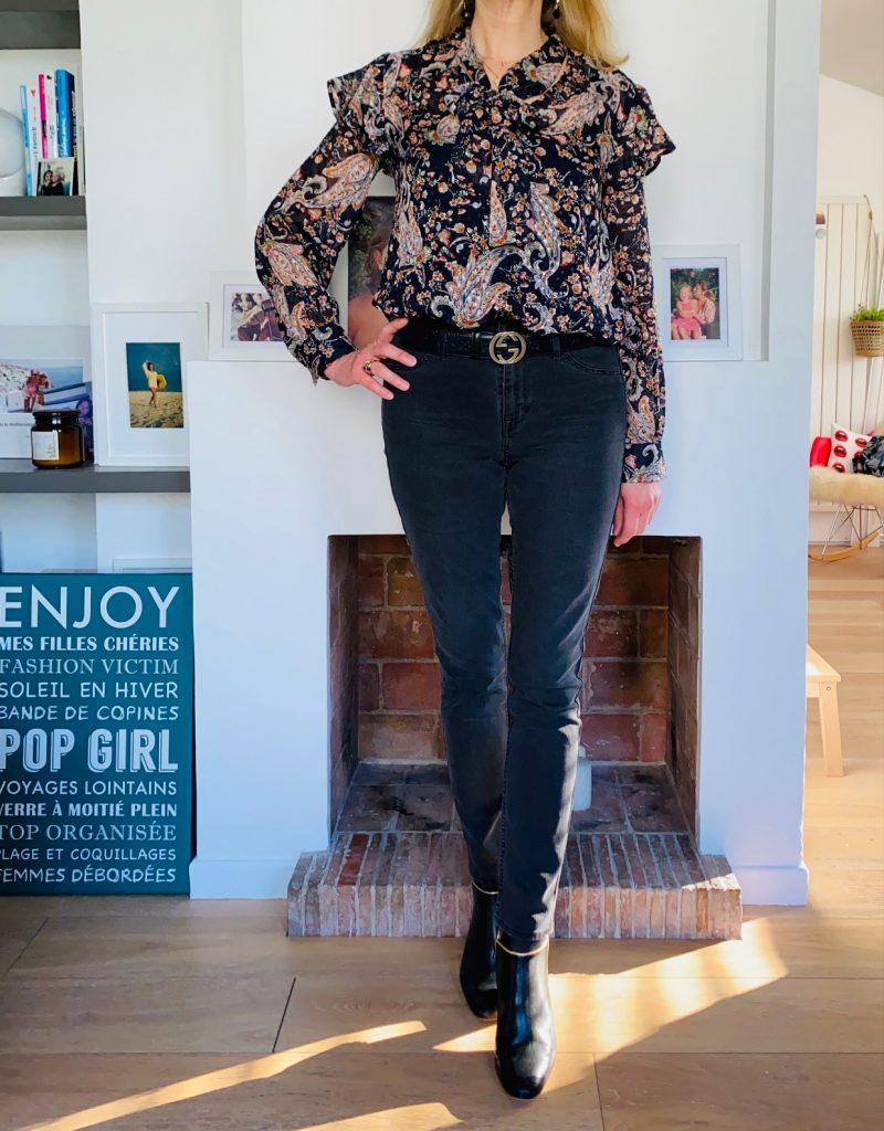 blouse à froufrous - look Femmes Débordées