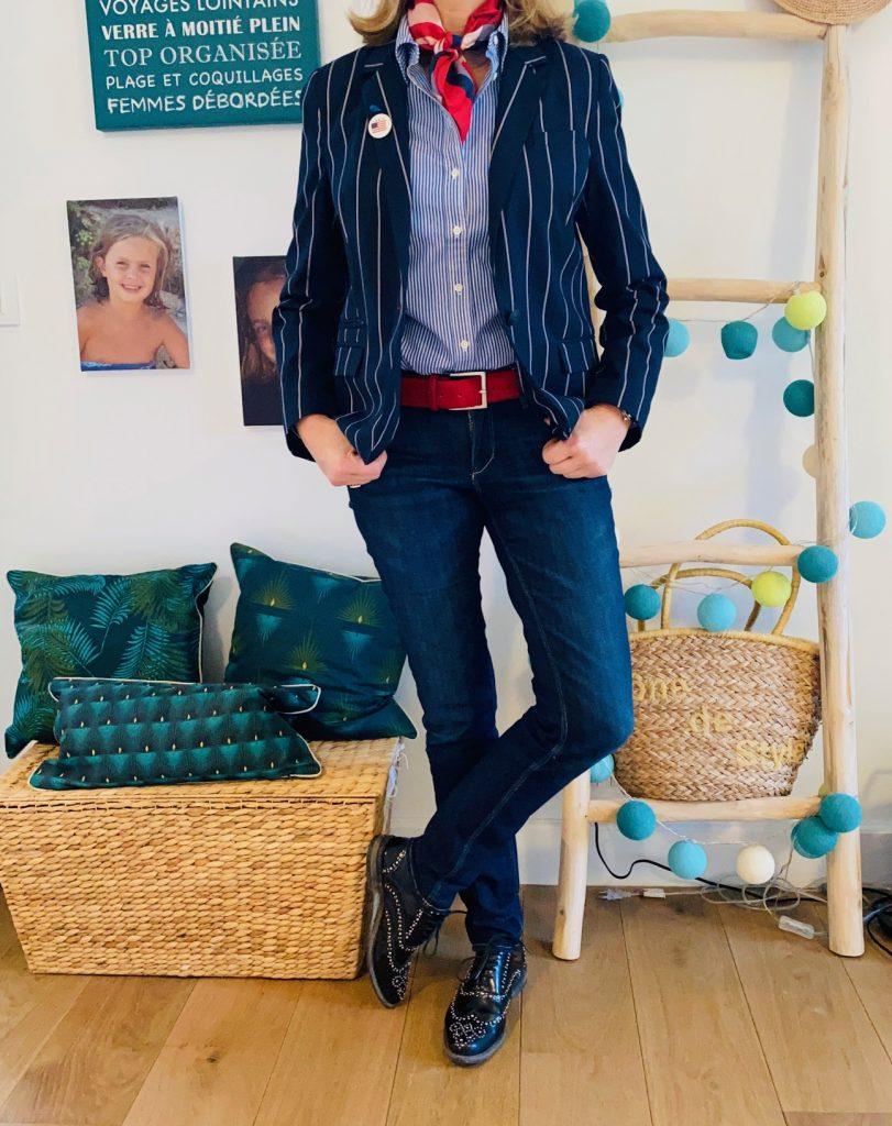 Rayures et blazer - Look Femmes Débordées