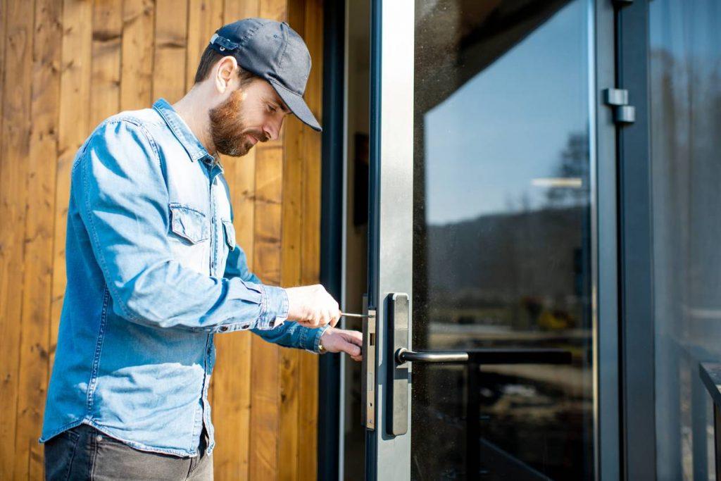 trouver un artisan serrurier fiable plateforme de mise en relation