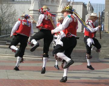 Les Morris dancers à Pâques