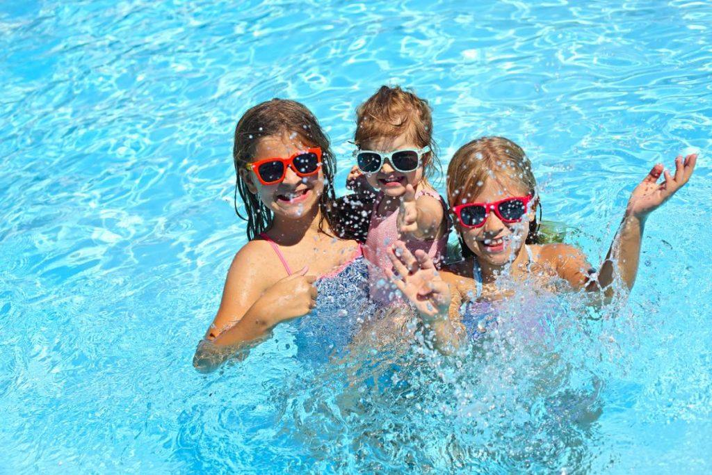 Il n'est pas trop tard pour profiter d'une piscine chez soi !
