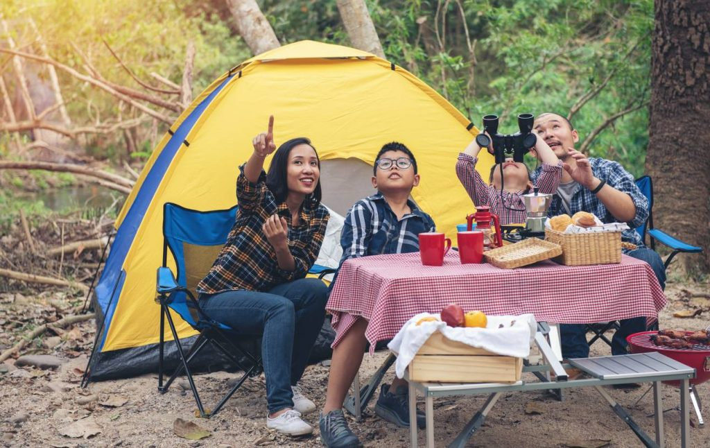 chaise de camping table