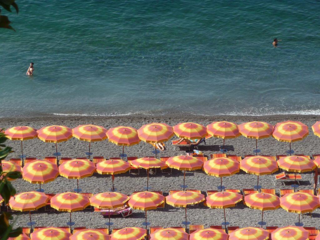 La Côte amalfitaine avec des enfants et la plage de Positano