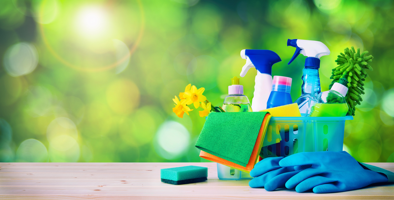 Nettoyer Un Vieux Tableau le ménage de printemps   femmes débordées