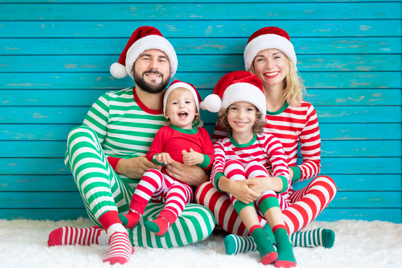 Pulls, pyjamas, robes de Noël, au top pour des photos de Noël réussies !