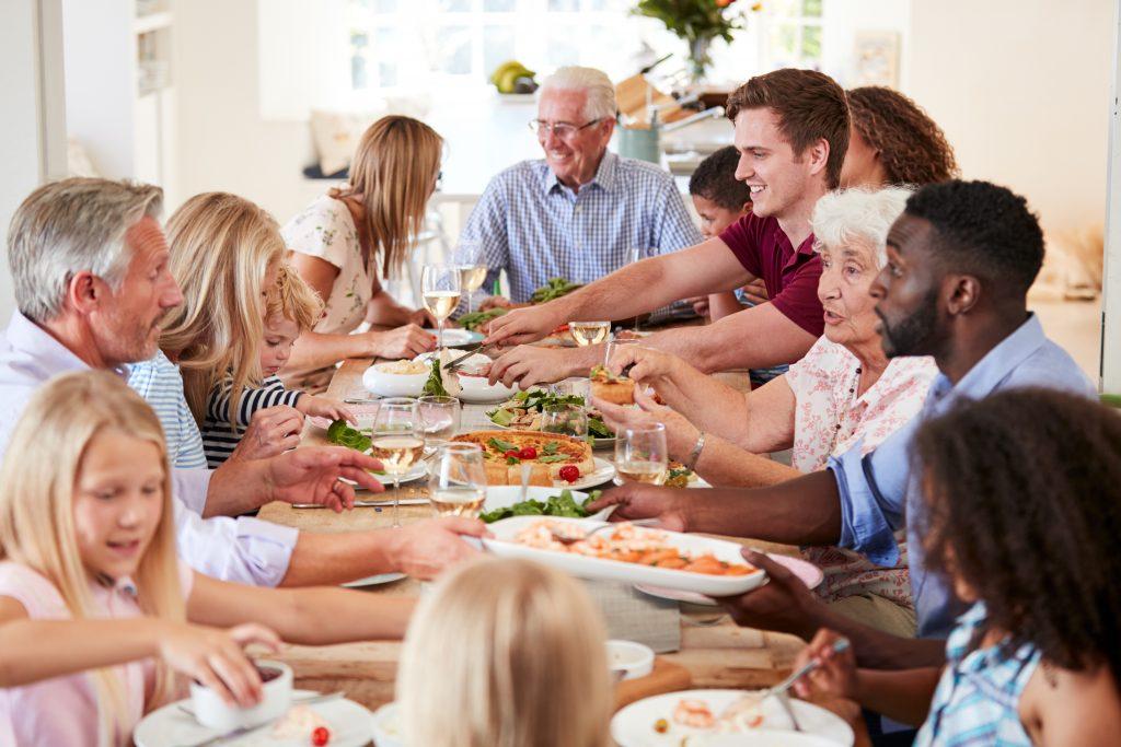 Comment placer ses invités sans faire d'impair : le casse-tête du plan de table