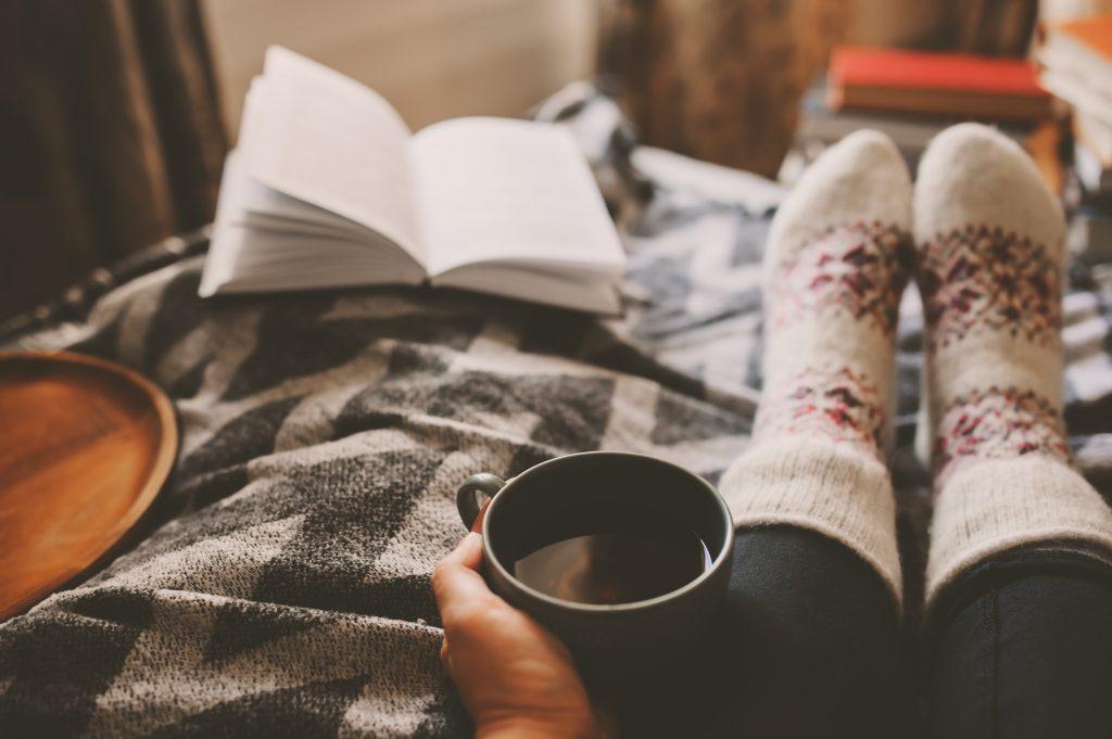 5 trucs hygge faciles à mettre en pratique pour vivre le bonheur à la danoise