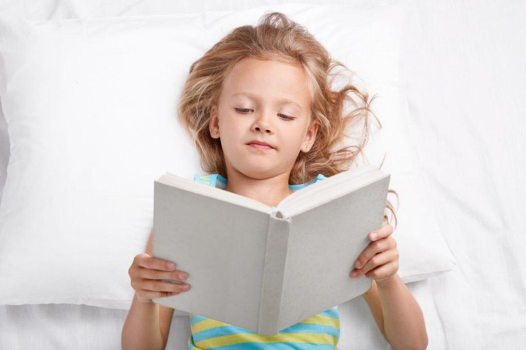 Lecture de rentrée des classes pour les jeunes lecteurs