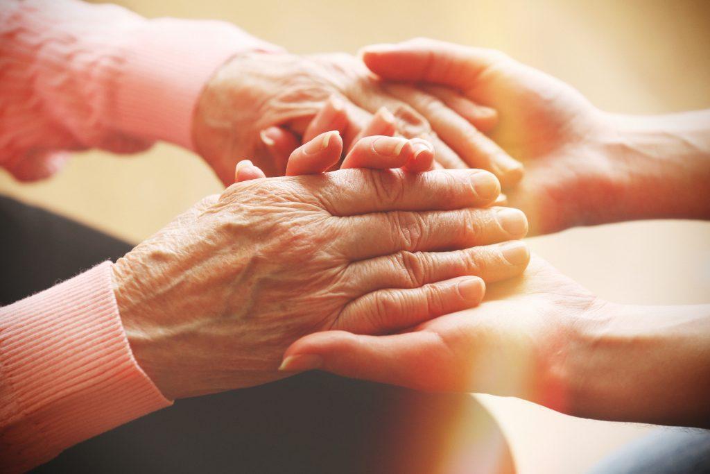 Comment aider mes parents à bien vieillir ?