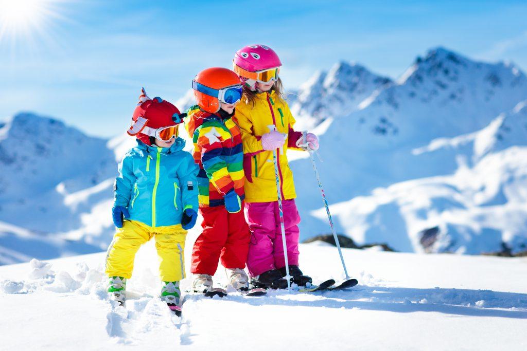 Comment faire aimer les vacances au ski à ses enfants