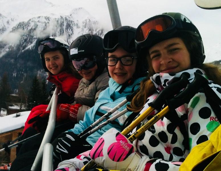 skier avec des copains