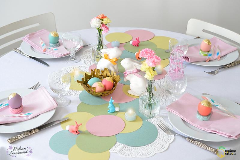 Table de Pâques champêtre et bucolique