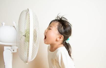 10 astuces pour gérer la canicule avec des enfants
