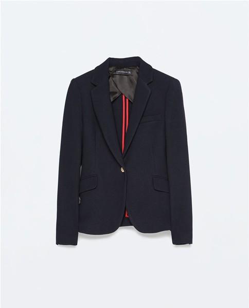 veste noire incontournable